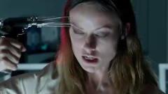 模特儿美女科学家注射复活血清,不敢看第二遍