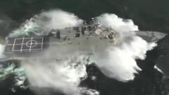 军事:劈波斩浪的美国海军舰船,震撼人心