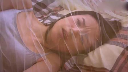 相爱十年:美女生病卧床不起,万万没想到小伙