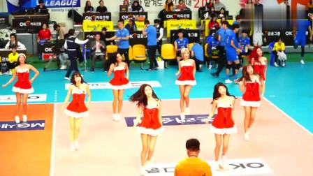 韩国啦啦队美女赛场热舞, 圣诞节着装让整个赛场