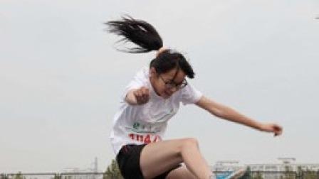 当体育老师多次请假以后 班级女生跳高现状