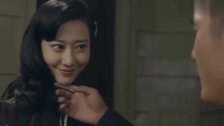 色字头上一把刀,美女太漂亮连保镖都骗了过去