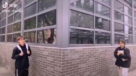 2019抖音时尚街拍合辑|情侣 穿搭 福利