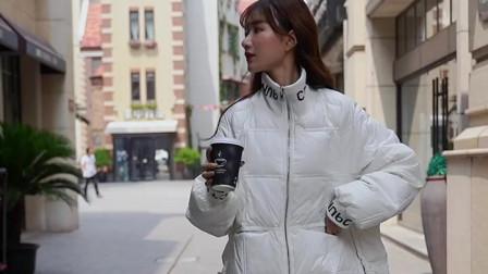 街拍美女中长款外套,喜欢的记得点赞哦