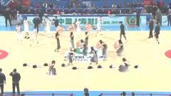 CBA京粤大战:北京美女啦啦队火辣开场舞你打几