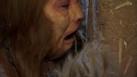 美女被绑在马戏团,小猴子想救她出去,嘴巴都