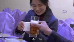 中国小伙探秘平壤,和当地美女自拍,被美图秀