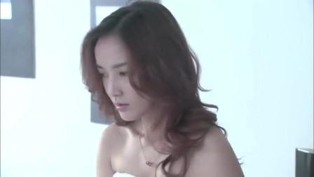 温柔的谎言:美女真爱洗澡,难怪皮肤那么白嫩