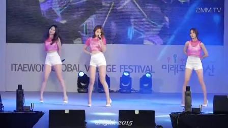 韩国可爱女团, *ESTie, 演出现场饭拍, 长腿美女