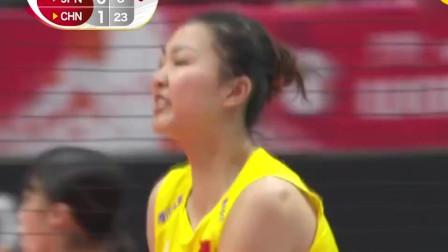 """中国女排好强啊!""""小苹果""""暴力背飞球暴钉地"""