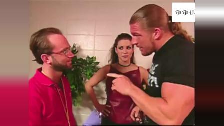 WWE冷石识破HHH小阴谋,竟拿麦克曼当挡箭牌,这