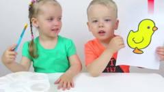 搞笑萌娃:萌娃小可爱们一起给小动物们涂上颜