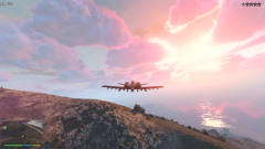 小富开飞机闲逛莫名被通缉,开着飞机大闹军事