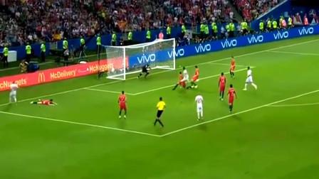 回顾C罗2018世界杯帽子戏法,这才是足球,不抛弃,不放弃!