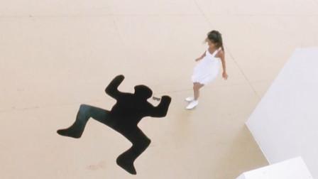 城市猎人美女把体操融入功夫,还能一边跳舞一