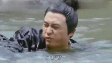 少妇正湖边洗澡,被路过小伙全看了,美女直言:要么死,要么娶我