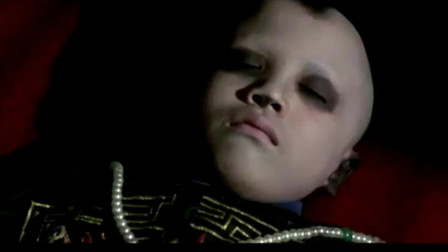 小僵尸意外苏醒,不料他听见音乐竟会跳舞,这也太可爱了!