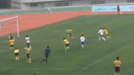 王霜主导策划的这进攻配合如行云流水,中国足球也能踢得如此优雅美丽!
