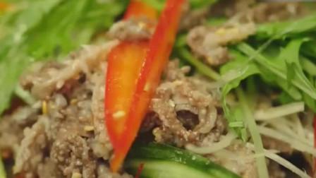 一起用餐吧:韩国海鲜大餐,超诱人的美食,为追美女韩国大叔拼了