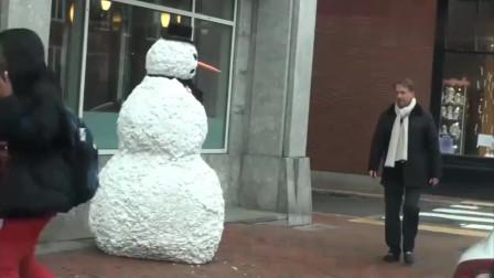 国外恶搞, 伪装成雪人恶搞路人, 这次终于被打了