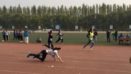 这跑道有毒?校园运动会短跑比赛,八名选手竟