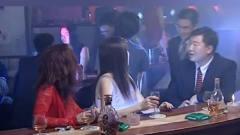 人证:酒吧美女要求还挺高,听说客人开别克车