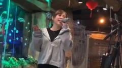 美女翻唱一首赵薇的《情深深雨蒙蒙》唱的真心