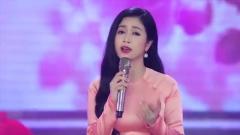 越南美女翻唱《上海滩》《漫步人生路》多首经