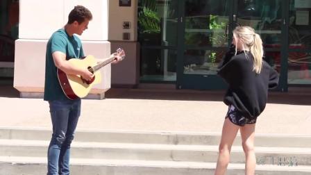 国外恶搞prank:为陌生人唱尴尬的歌 WTF恶搞