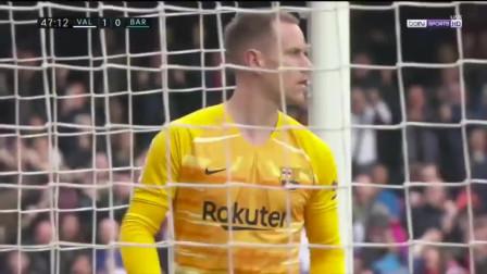 西甲:巴萨客场0-2不敌瓦伦西亚 特狮扑点难救主阿尔巴乌龙