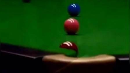 暴躁的特鲁姆普:如果红球进袋的时候没有响声就算我输!