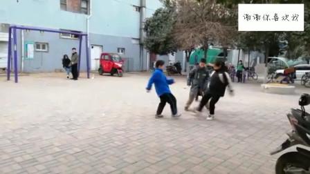孩子们的一场足球较量,如果把梅西请来,只怕也会踢到腿软