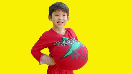 越看越搞笑,小正太的肚子为何竟鼓得像皮球?儿童益智早教故事
