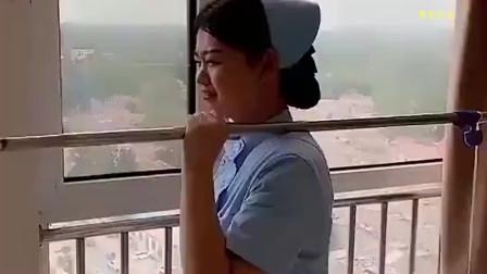 医院护士小姐姐,搞笑日常,就想上个热门!