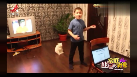 家庭幽默录像:猫急了也会咬人,熊孩子唱歌五