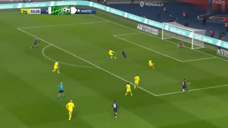 内马尔踢法甲真的好可惜,他的带球至少可以吸引两名防守队员