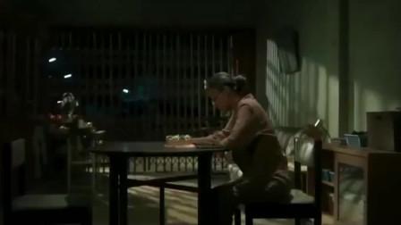 创意广告:泰国温馨感人广告,在你心里妈妈排