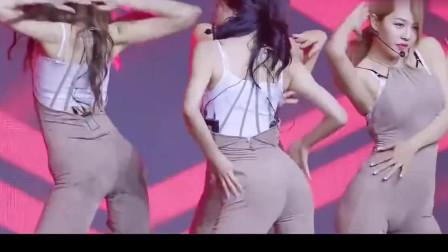 韩国美女团热舞,一脸陶醉,越看越喜欢!