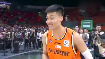 C*A全明星周末:赵睿耍帅被淘汰,易建联场边乐呵得哈哈大笑!