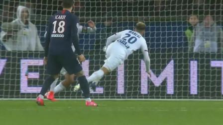 法甲:巴黎4-2里昂21场不败 迪马利亚传射姆巴佩挑射建功
