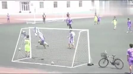 山西某中校的校园足球联赛大家看看这是什么水平