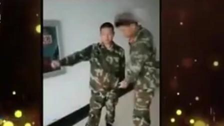 家庭幽默录像:教官正在教四肢不协调的同学踢