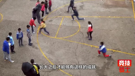 C*A中4位大佬,打篮球都是半路出家,他曾是拳击手难怪球场动作大