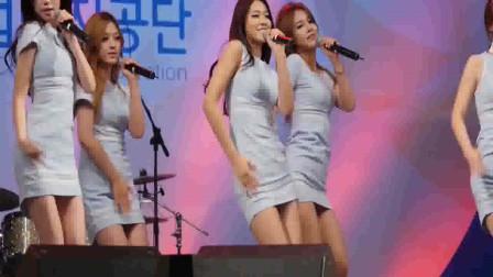 韩国高挑蓝衣长腿美女热舞现场