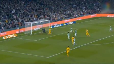 """西甲联赛:梅西助攻""""戴帽"""" 巴塞罗那逆转取胜"""