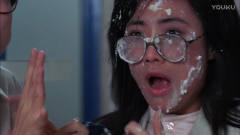 开心鬼:女鬼故意恶搞小伙,把蛋糕砸小伙女友