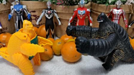 亲子搞笑视频:怪兽雷德王和小雷德王玩捉迷藏