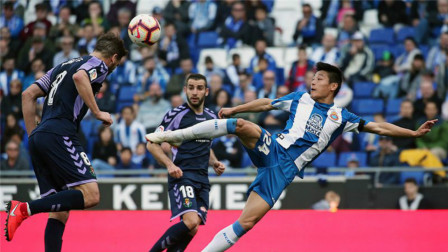 武磊引爆西甲的一球,连裁判都没有反应过来,外国球迷:太强了!
