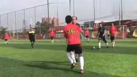 中国足球,永远是打人比打球好玩