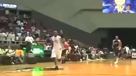 这是篮球史上轰动整个世界的2个扣篮,到如今也